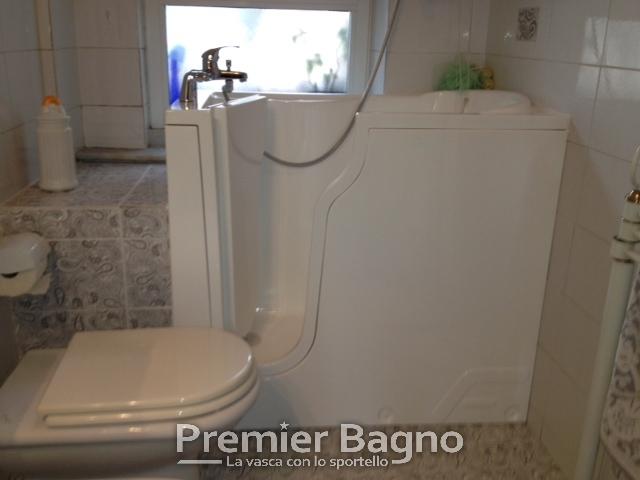 Vasca Da Bagno Apribile : Vasca da bagno con sportello vasca da bagno con porta laterale